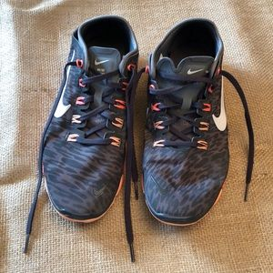 Nike Free TR Connect 2 8.5 Animal Print Sneakers